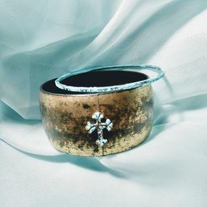 Turquoise cross bangle bracelet set